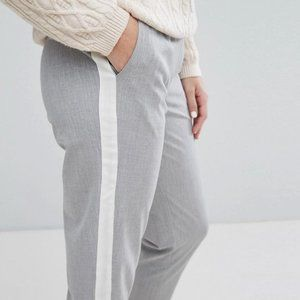 ZARA Chino Trousers with Side Stripe -Size M